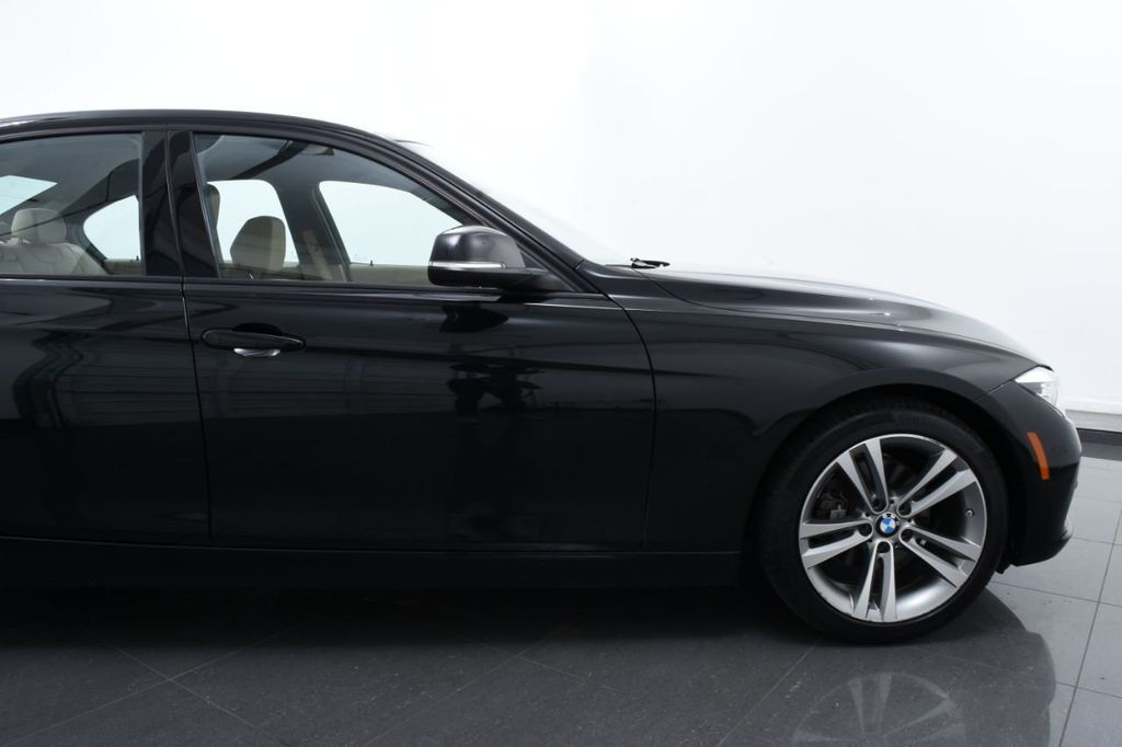 2016 BMW 3 Series 328i xDrive - 18423333 - 5