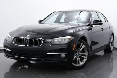 2016 BMW 3 Series 328i xDrive - Click to see full-size photo viewer