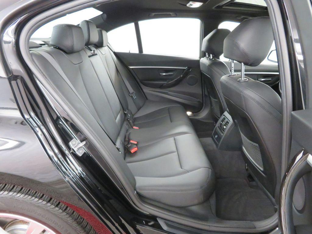 2016 BMW 3 Series 328i xDrive - 18386669 - 15