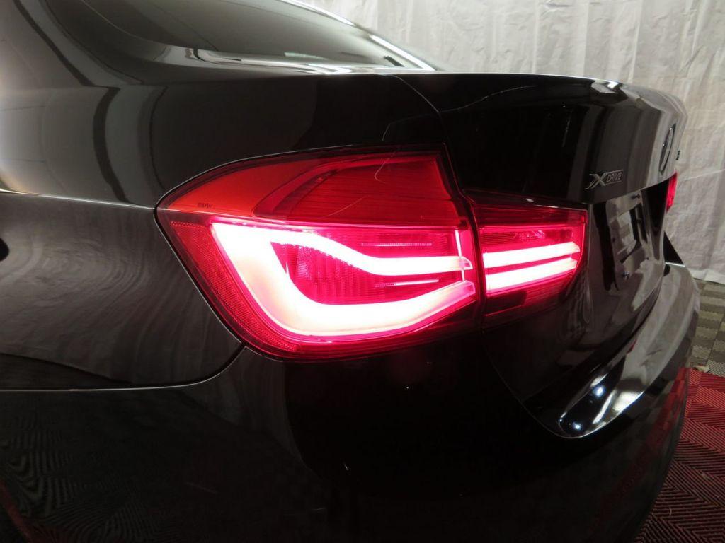 2016 BMW 3 Series 328i xDrive - 18386669 - 33