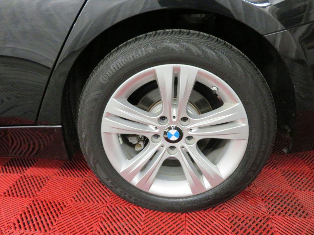 2016 BMW 3 Series 328i xDrive - 18386669 - 37