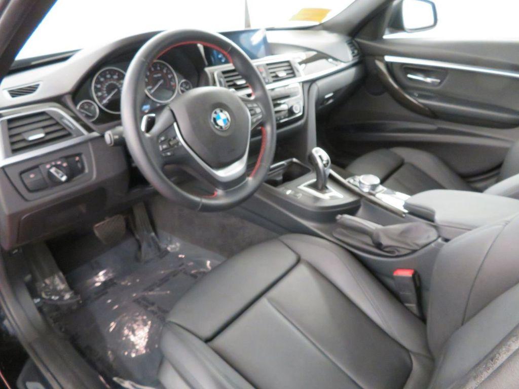 2016 BMW 3 Series 328i xDrive - 18386669 - 7