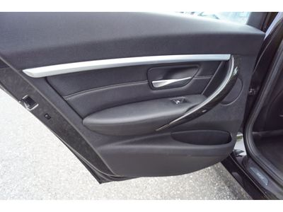 2016 BMW 3 Series 328i xDrive Sedan - Click to see full-size photo viewer