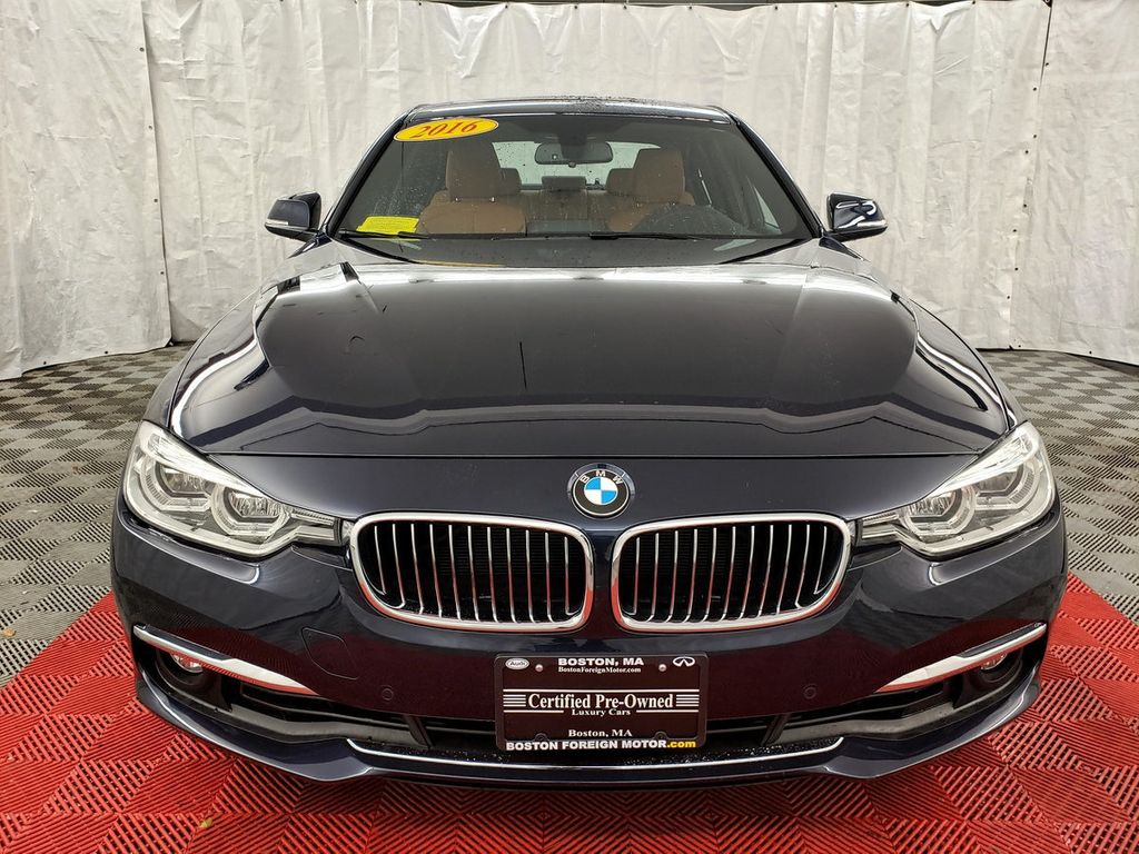 2016 BMW 3 Series 340i xDrive - 18253645 - 1