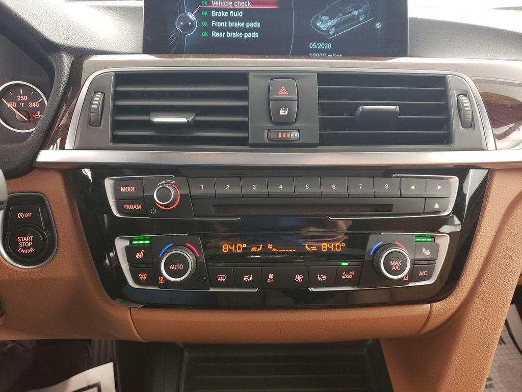 2016 BMW 3 Series 340i xDrive - 18253645 - 27