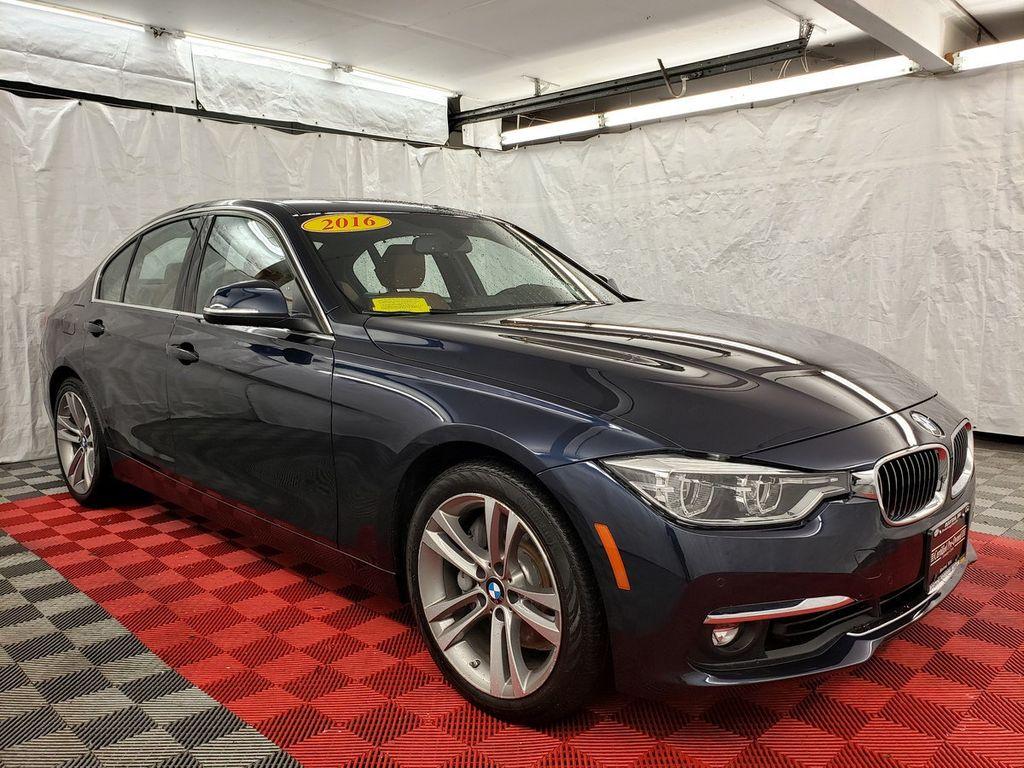 2016 BMW 3 Series 340i xDrive - 18253645 - 2