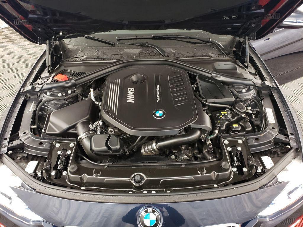 2016 BMW 3 Series 340i xDrive - 18253645 - 34