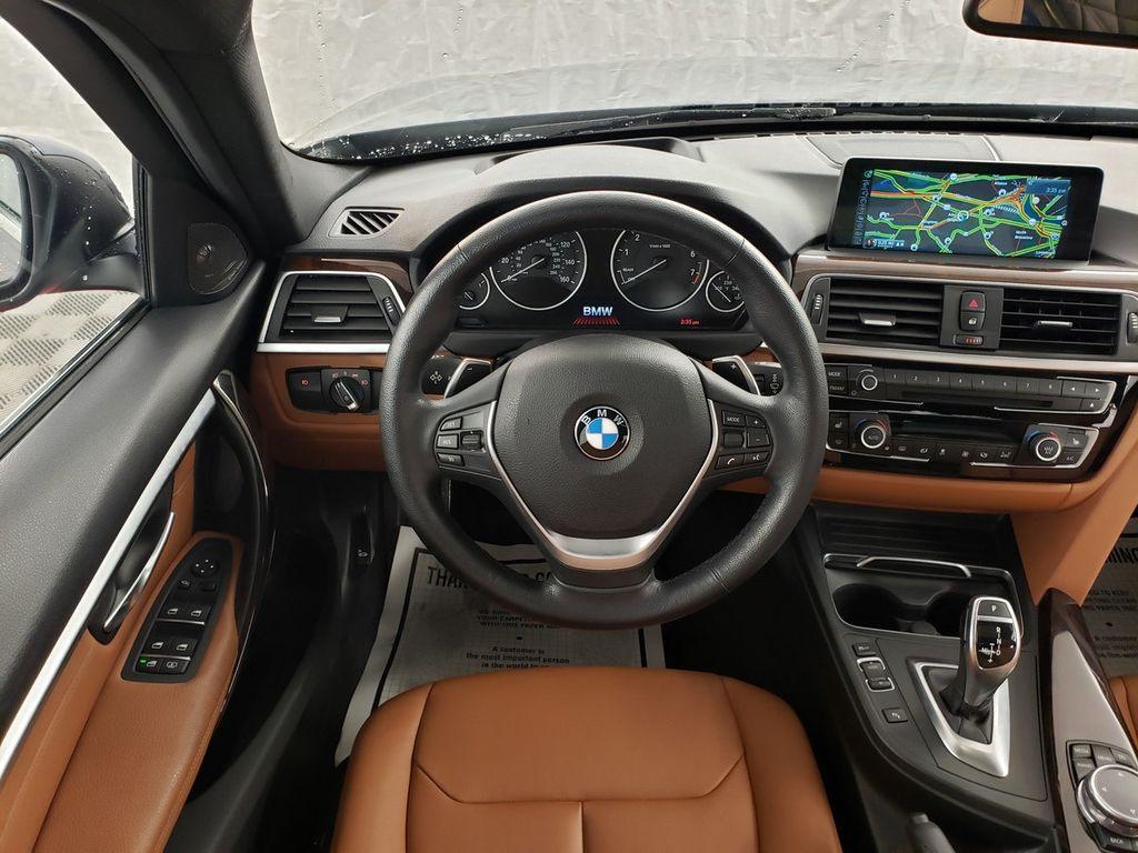 2016 BMW 3 Series 340i xDrive - 18253645 - 6