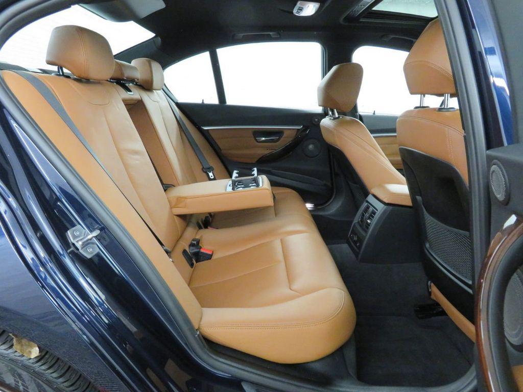 2016 BMW 3 Series 340i xDrive - 18496689 - 10