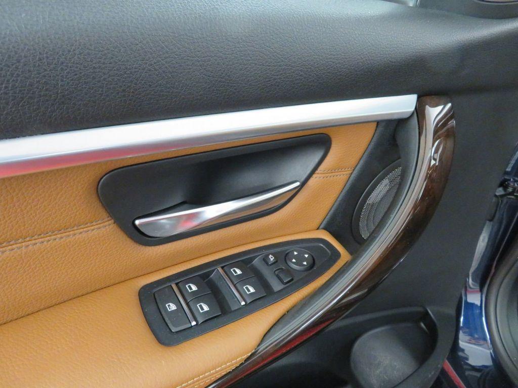 2016 BMW 3 Series 340i xDrive - 18496689 - 14