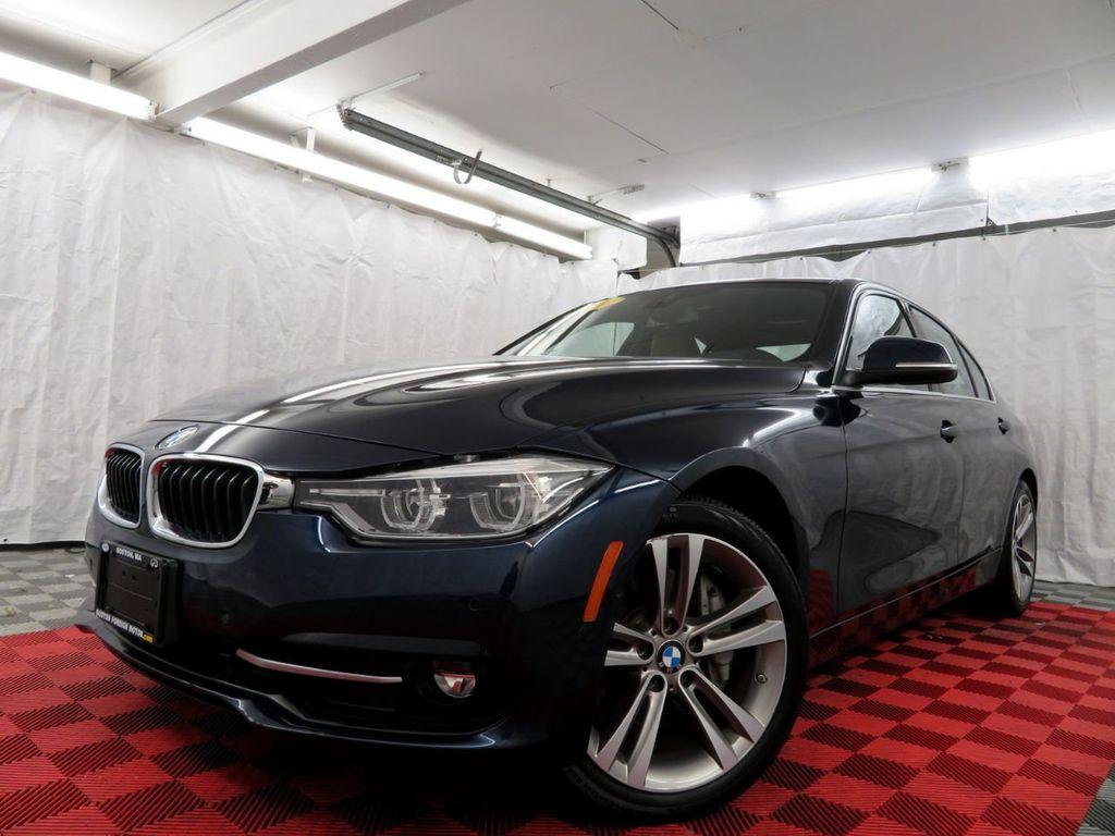 2016 BMW 3 Series 340i xDrive - 18496689 - 39
