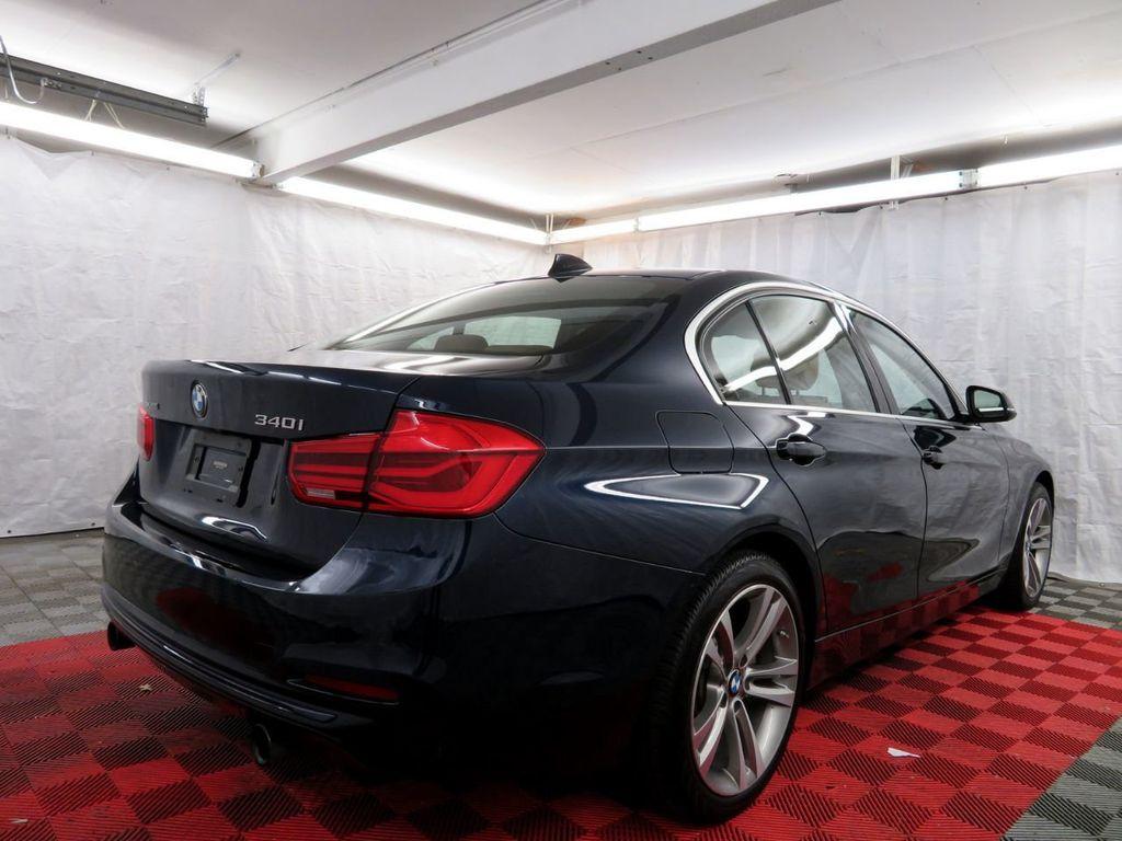 2016 BMW 3 Series 340i xDrive - 18496689 - 5