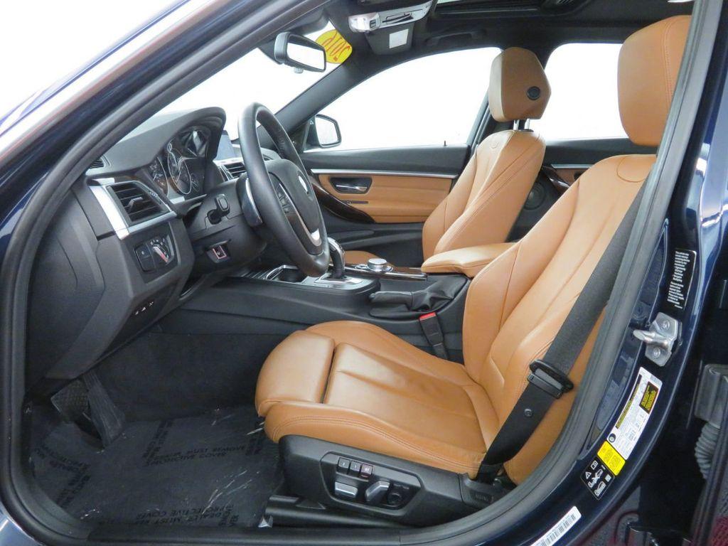 2016 BMW 3 Series 340i xDrive - 18496689 - 7