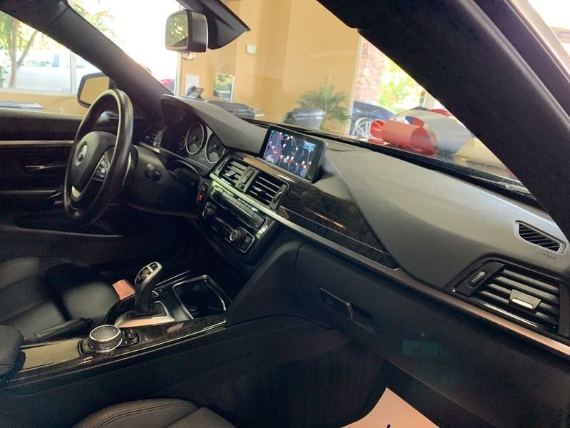 2016 BMW 4 Series 435i xDrive - 19145780 - 41