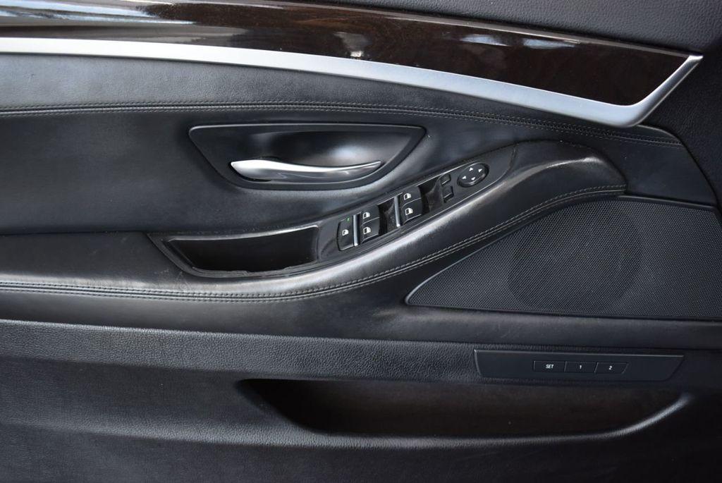 2016 BMW 5 Series 528i - 18592360 - 12