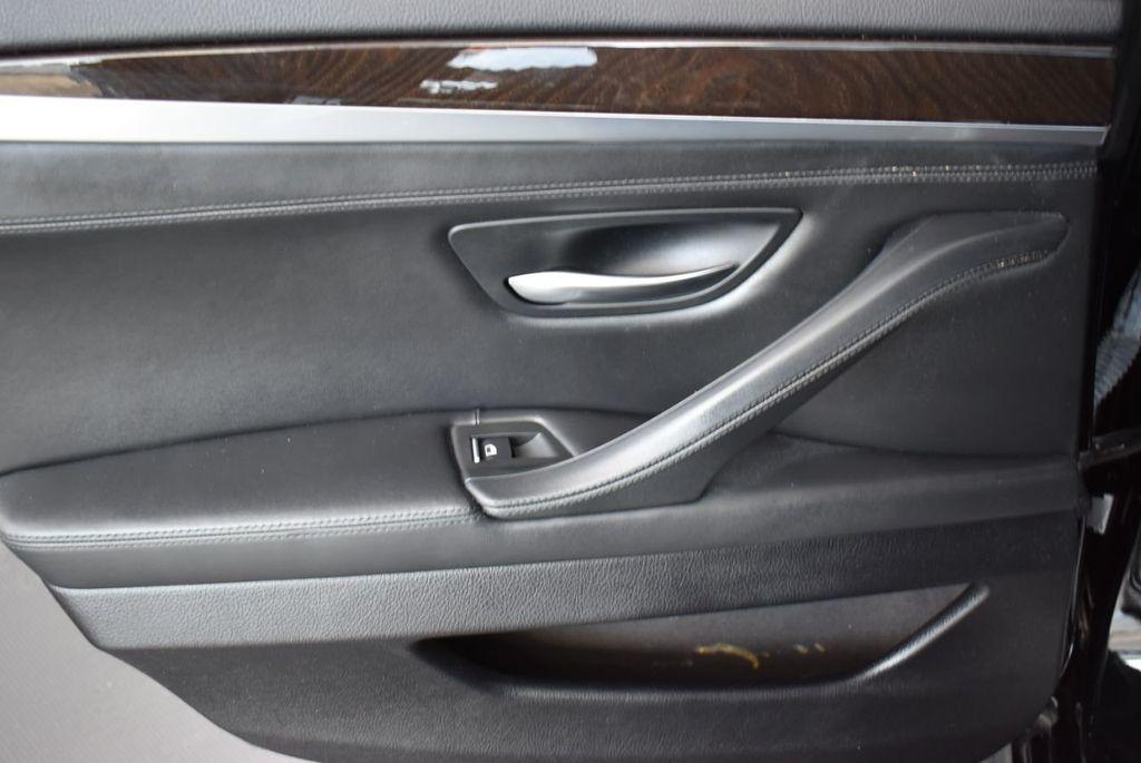 2016 BMW 5 Series 528i - 18592360 - 14