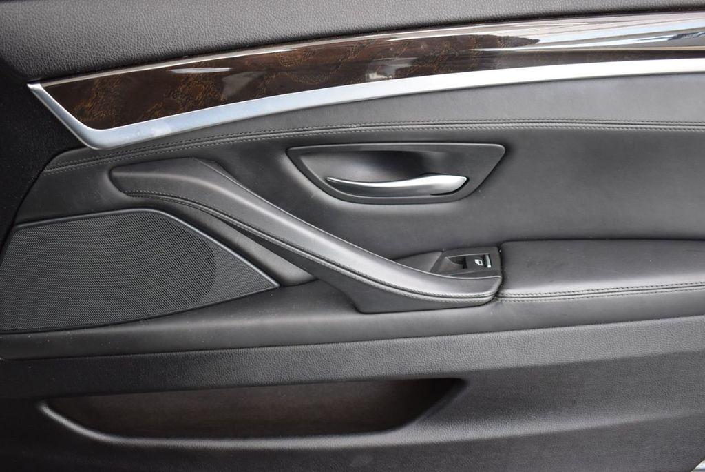 2016 BMW 5 Series 528i - 18592360 - 17