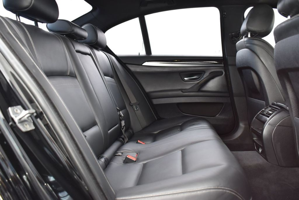 2016 BMW 5 Series 528i - 18592360 - 18