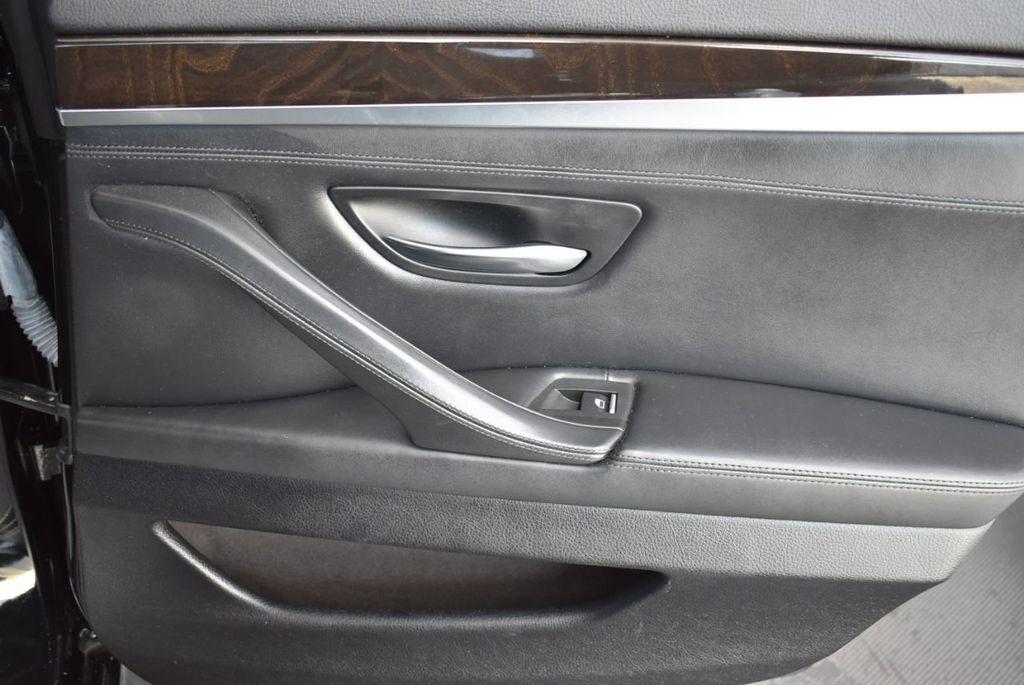 2016 BMW 5 Series 528i - 18592360 - 19