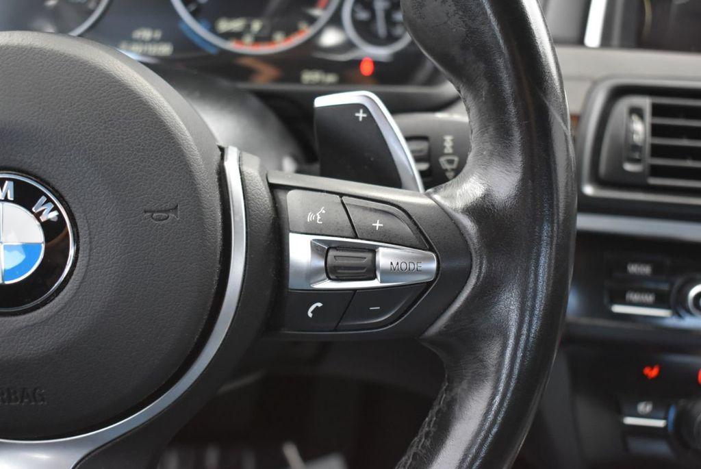 2016 BMW 5 Series 528i - 18592360 - 23