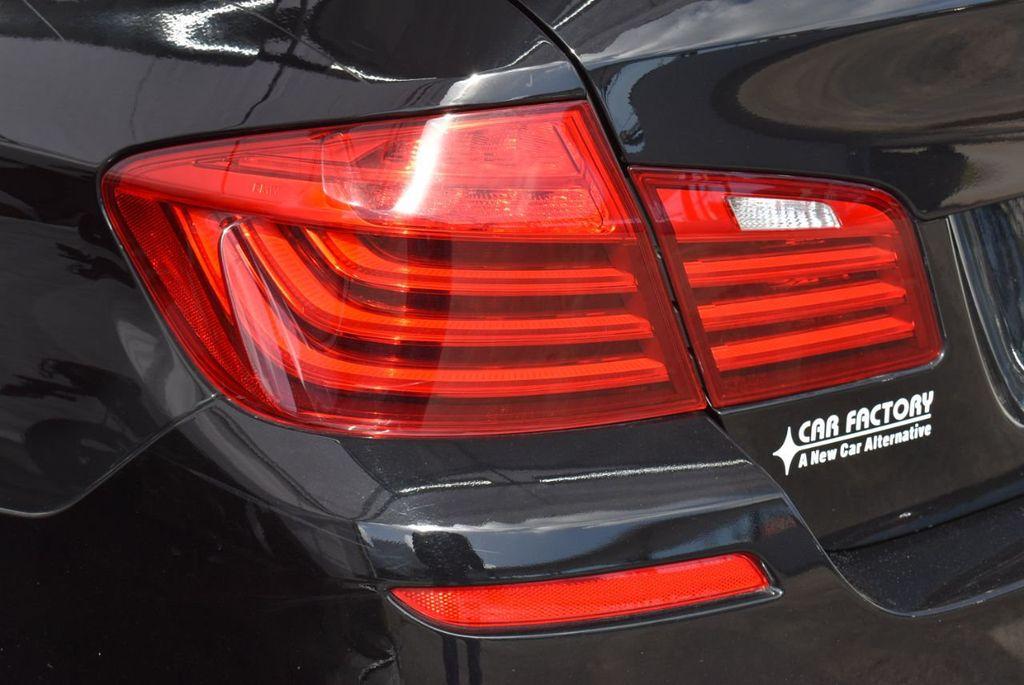 2016 BMW 5 Series 528i - 18592360 - 4