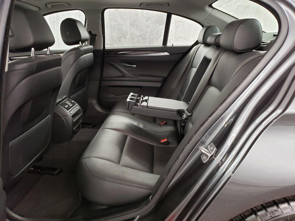2016 BMW 5 Series 528i xDrive - 18347080 - 9