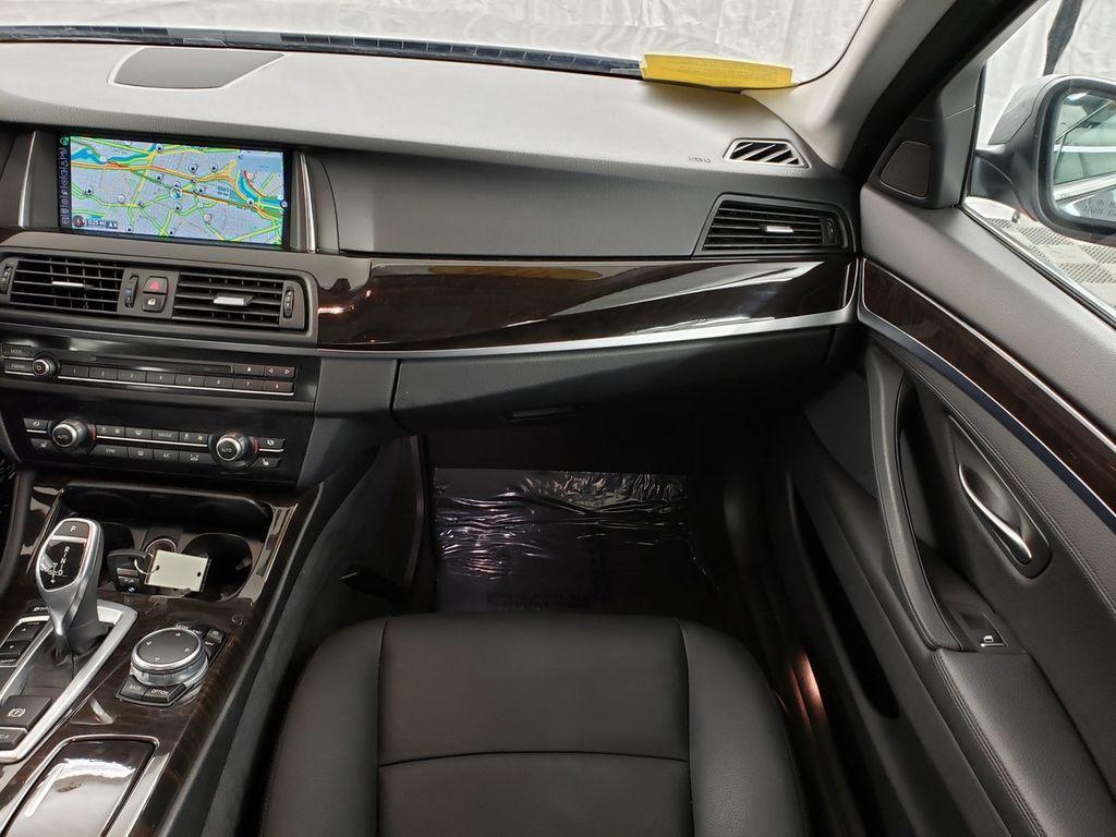 2016 BMW 5 Series 528i xDrive - 18347080 - 12