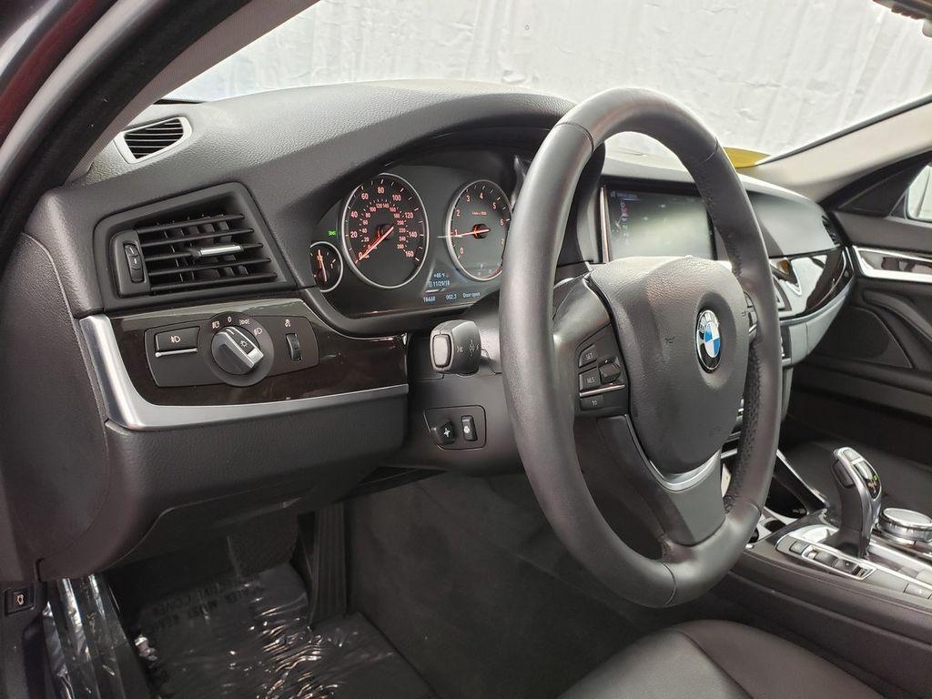 2016 BMW 5 Series 528i xDrive - 18347080 - 16