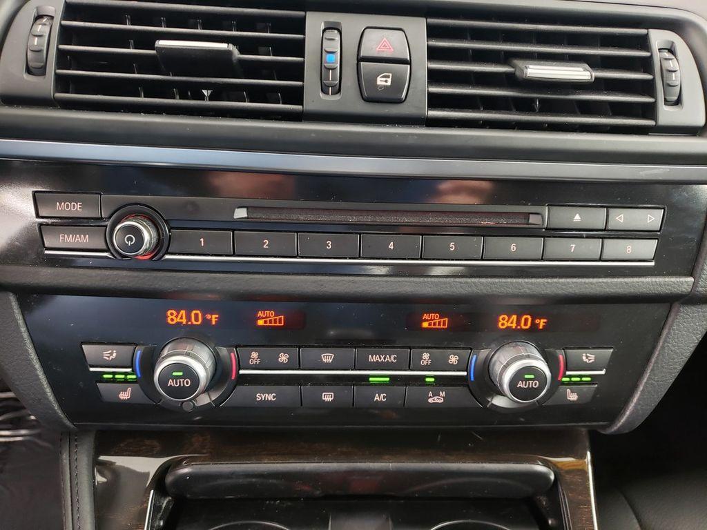 2016 BMW 5 Series 528i xDrive - 18347080 - 27