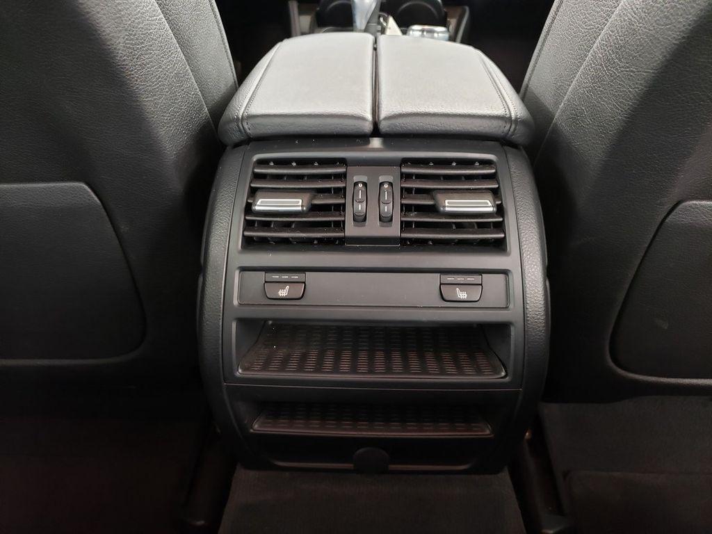 2016 BMW 5 Series 528i xDrive - 18347080 - 29