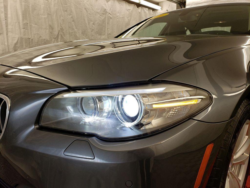 2016 BMW 5 Series 528i xDrive - 18347080 - 32
