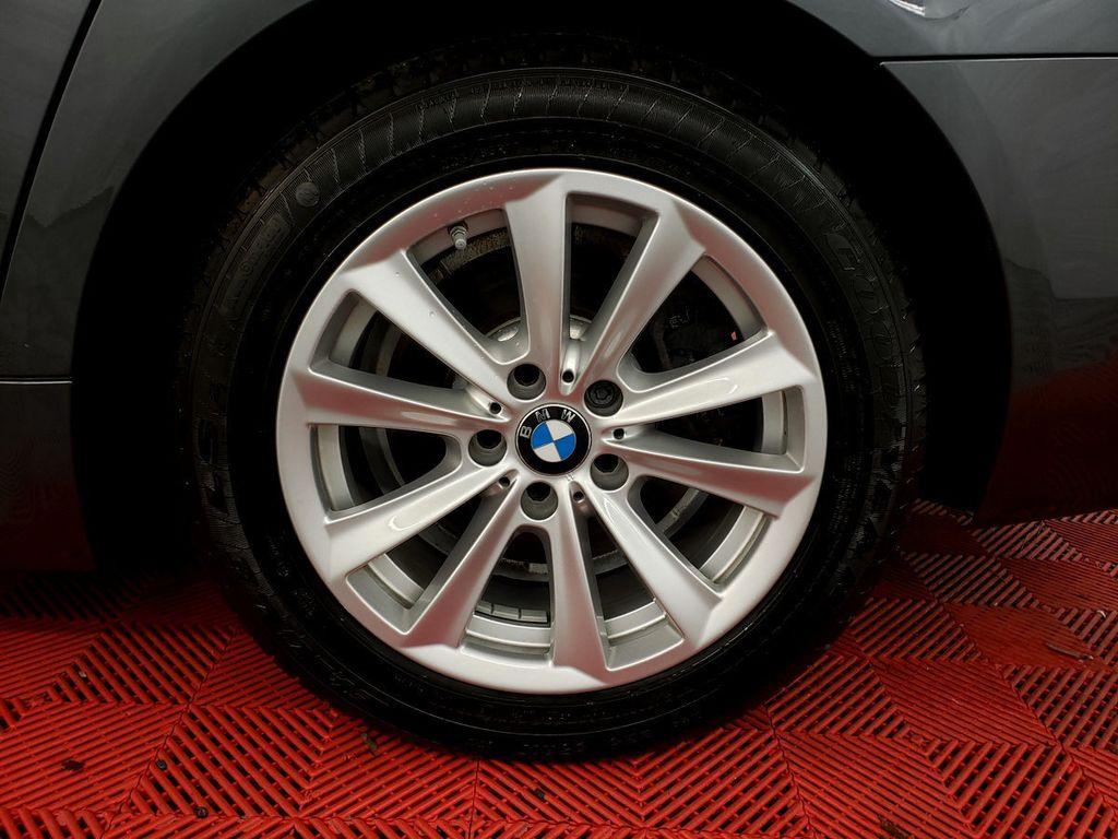 2016 BMW 5 Series 528i xDrive - 18347080 - 35