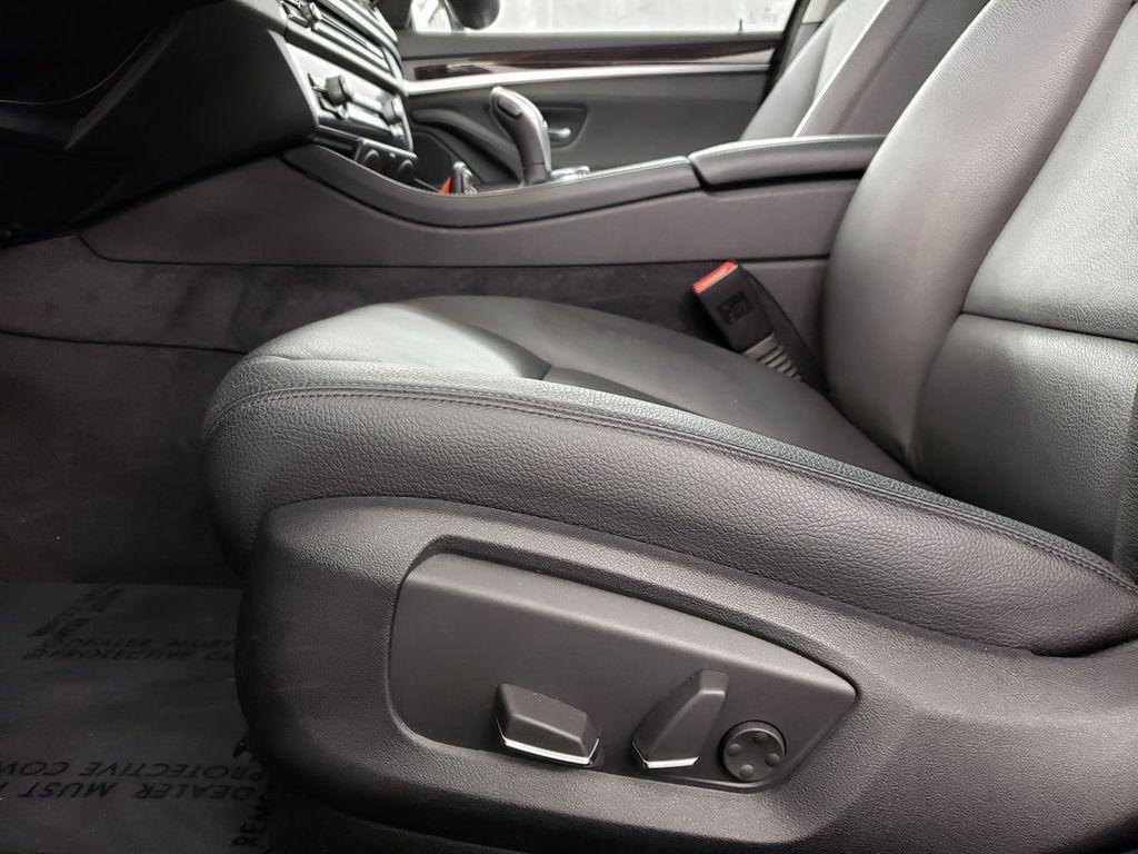 2016 BMW 5 Series 528i xDrive - 18347080 - 8
