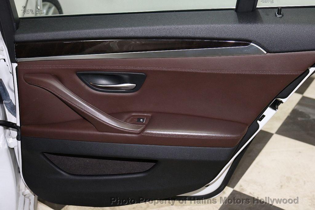 2016 BMW 5 Series 535i - 18267984 - 11