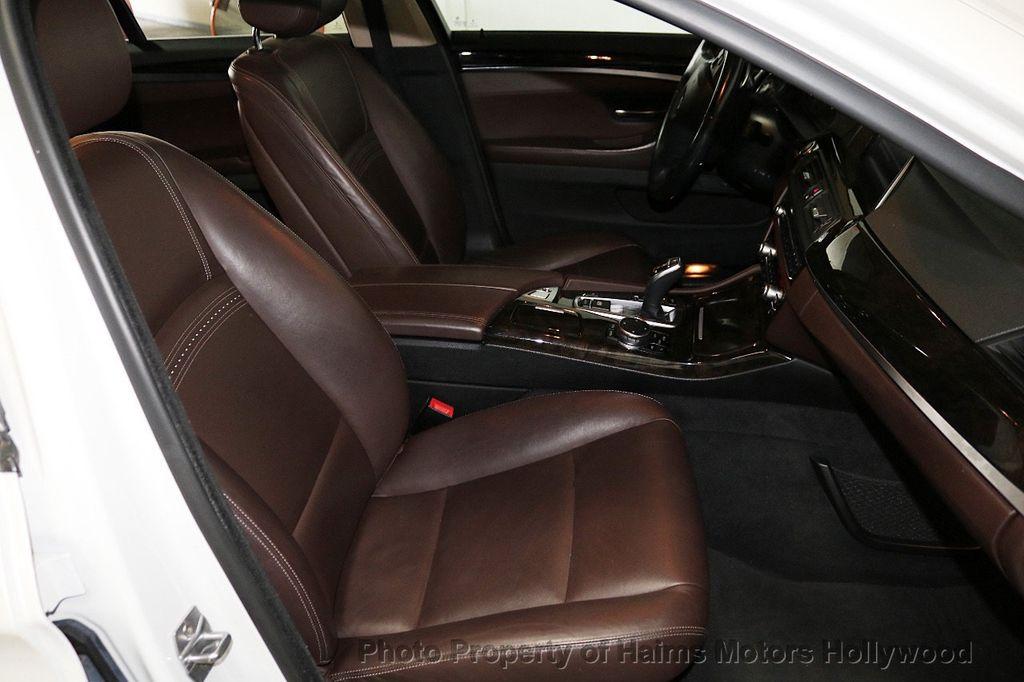 2016 BMW 5 Series 535i - 18267984 - 13
