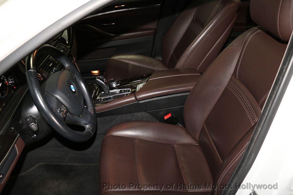 2016 BMW 5 Series 535i - 18267984 - 16