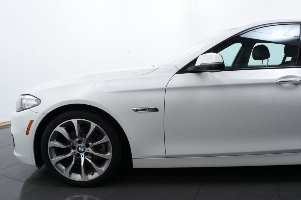 2016 BMW 5 Series LIMITED EDITION - 18403366 - 4