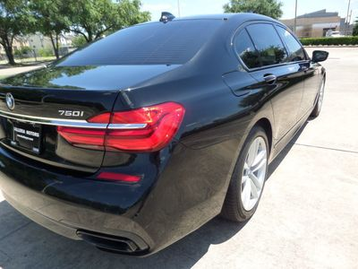 2016 BMW 7 Series 750i - Click to see full-size photo viewer