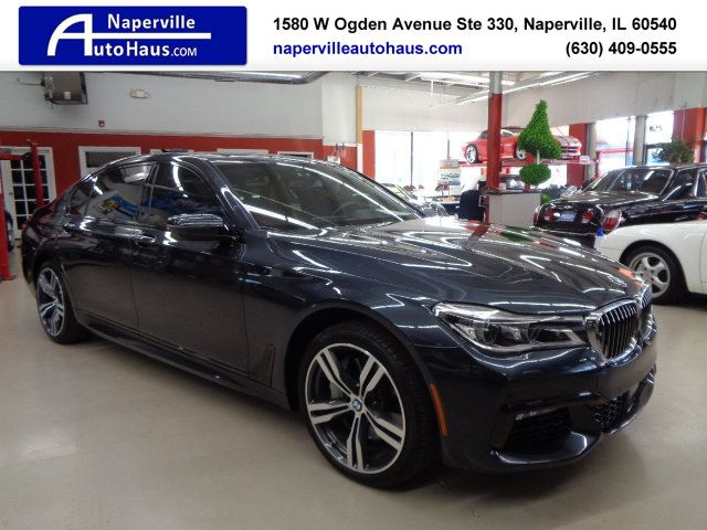 2016 BMW 7 Series 750i xDrive - 18697384 - 0