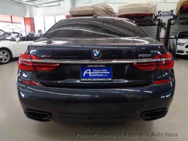 2016 BMW 7 Series 750i xDrive - 18697384 - 5