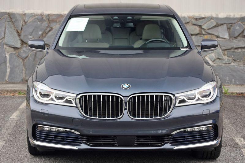 2016 BMW 7 Series 750i xDrive w/ Rear Executive Lounge Seating Pkg - 18227603 - 58