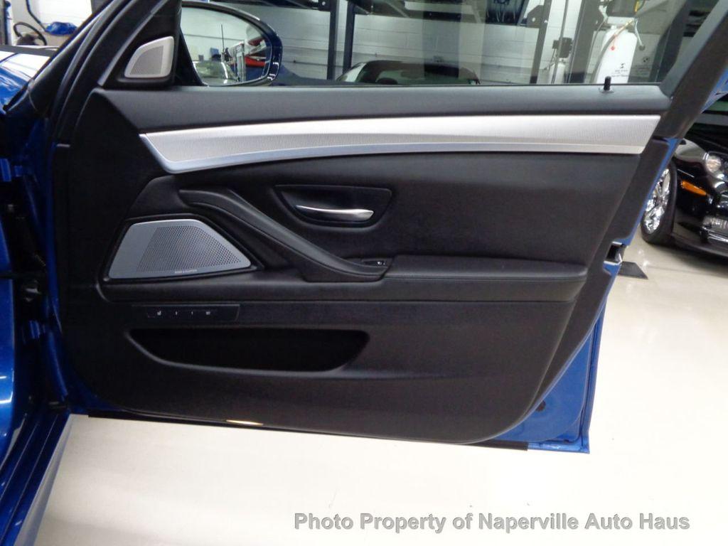 2016 BMW M5 4dr Sedan - 18300960 - 51