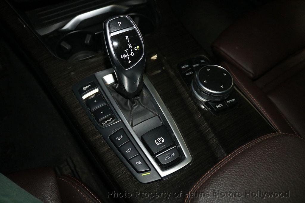 2016 BMW X4 xDrive28i - 18236333 - 24