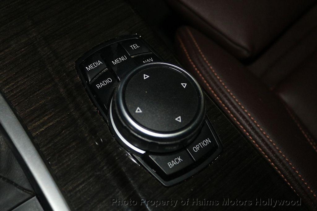 2016 BMW X4 xDrive28i - 18236333 - 26