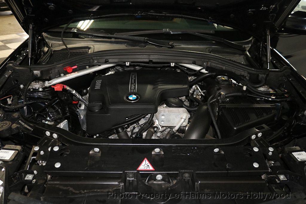 2016 BMW X4 xDrive28i - 18236333 - 40