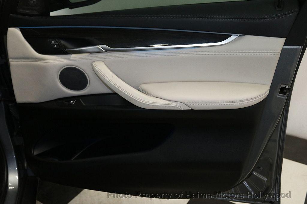 2016 BMW X6 xDrive50i - 18703935 - 14