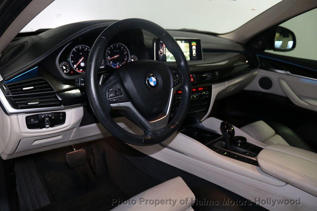2016 BMW X6 xDrive50i - 18703935 - 21