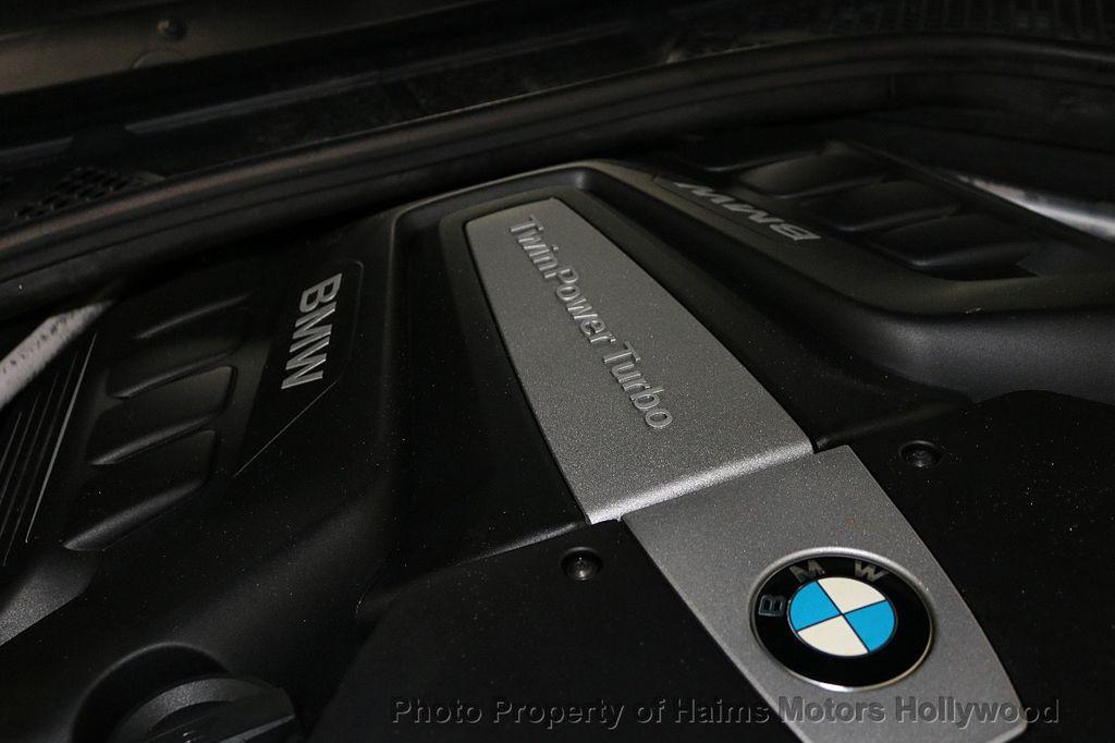 2016 BMW X6 xDrive50i - 18703935 - 22