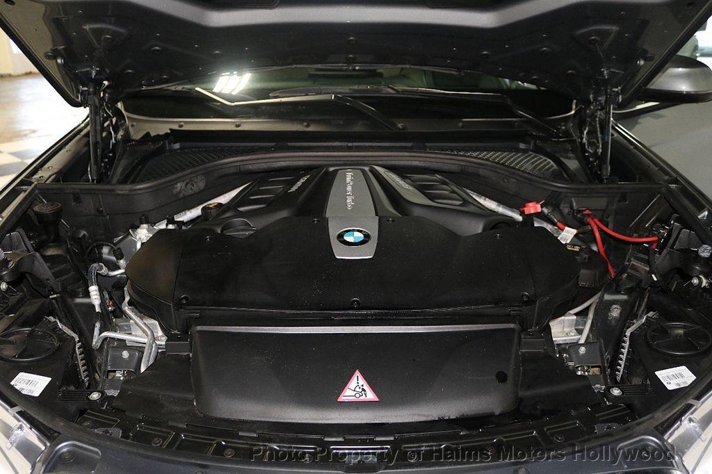 2016 BMW X6 xDrive50i - 18703935 - 40