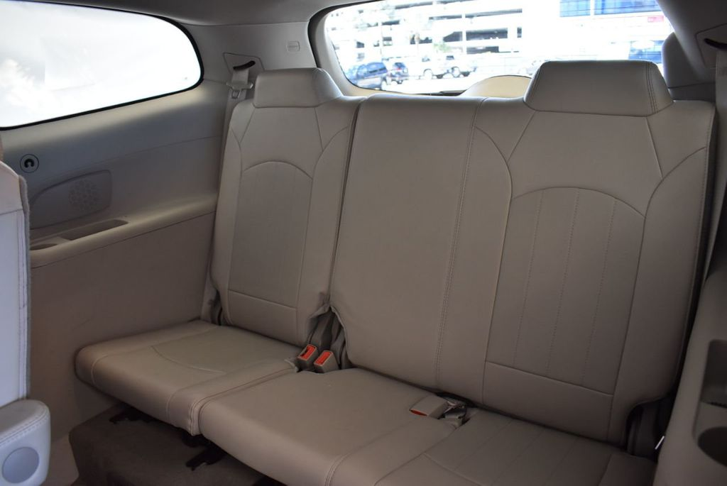 2016 Buick Enclave FWD 4dr Leather - 18178059 - 13